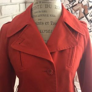 Jackets & Blazers - Stylish vintage rain coat. Amazing color and cut!